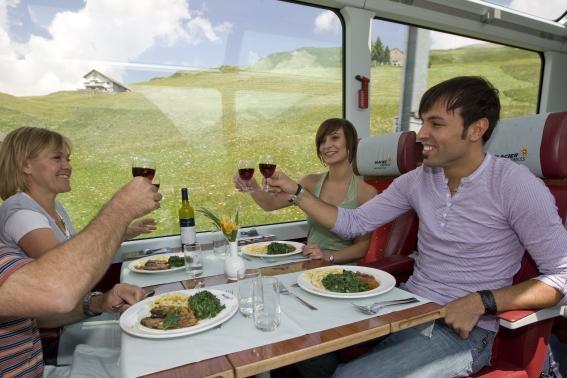 Sleva na zájezd do Švýcarska s jízdou v panoramatickém vlaku